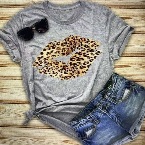 Animal print kiss t-shirt